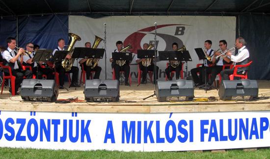 IV. Miklósi Falunap