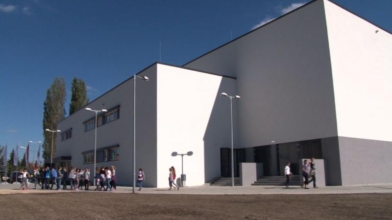 Győr, Az AUDI Hungária Óvoda, Általános Iskola és Gimnázium épületének munkálása