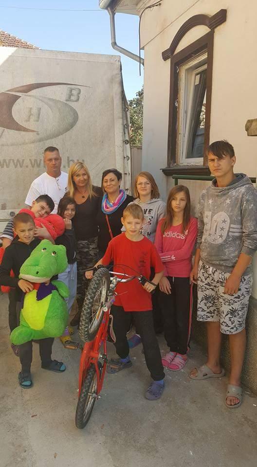3,5 tonna adomány indult Győrből Erdélybe