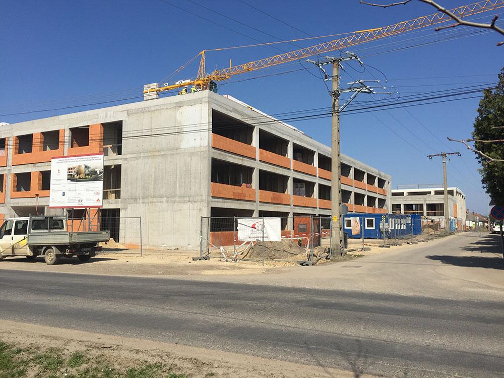 24 tantermes új iskola épült Izsákon
