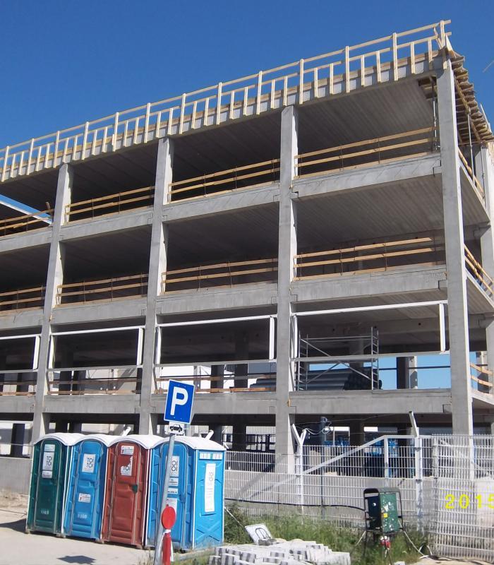 Elkészült az előre gyártott vasbeton szerkezet a Nemak Győr új gyártócsarnokához