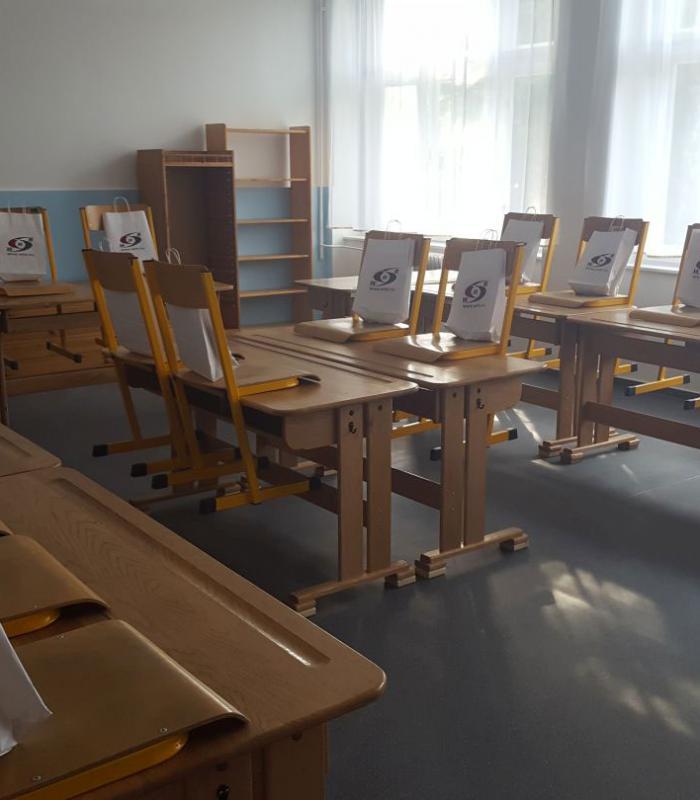 A győri Waldorf iskolának megújult 6. osztályos tanterme