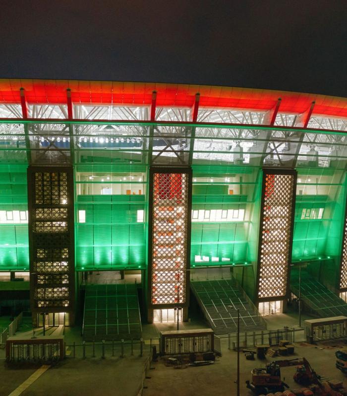 Fénypróba - Éjszaka is lenyűgöző a kivilágított Puskás Aréna